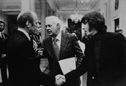 ~1976U.S. President Gerald Ford greets Paddock Publications, Inc. owners Stu Paddock, Jr. and Stu Paddock III at the White House